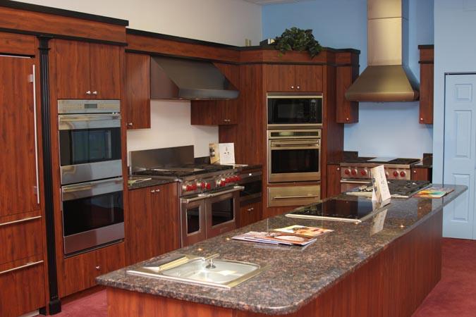 Rta kitchen cabinets toronto cheap kitchen cabinets for Cheap kitchen cabinets in toronto